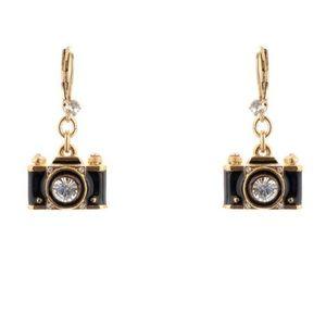 NWT Betsey Johnson Black Camera Crystal Earrings
